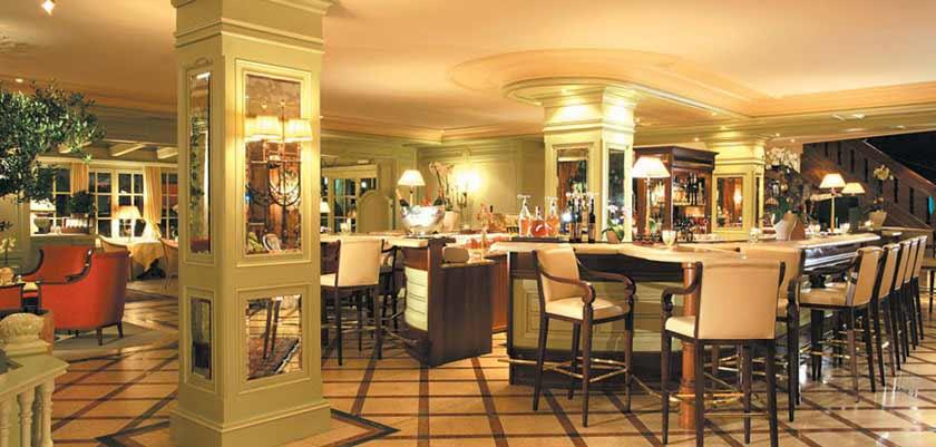 Hotel Tirolerhof, Zell am See, Austria - bar & lounge.jpg